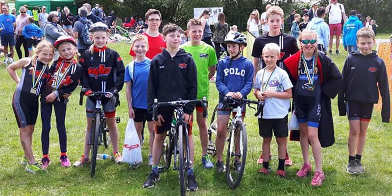 junior triathletes team